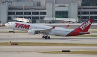 PT-MVP @ MIA - TAM A330-200 no longer wearing the soccer colors
