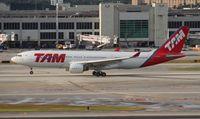 PT-MVS @ MIA - TAM A330-200