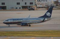 XA-QAM @ MIA - Aeromexico 737-700