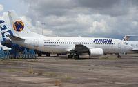 XA-UNR @ OPF - Magnicharters 737-300