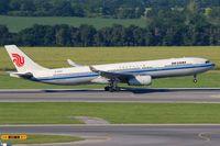 B-6512 @ LOWW - Air China - by Luigi