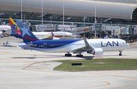 CC-BDD @ MIA - LAN Ecuador 767-300
