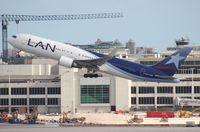 CC-CWV @ MIA - LAN 767-300