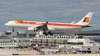 EC-LUK @ MIA - Iberia A330-300