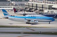LV-CSF @ MIA - Aerolineas Argentinas A340-300