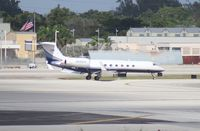 N222LX @ MIA - Gulfstream V