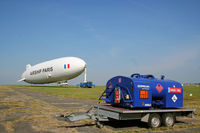 D-LZZF @ LFPT - AIRSHIP PARIS 2014 Fly over the North of Paris