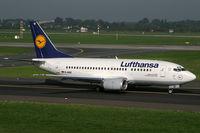 D-ABIZ @ EDDL - Boeing 737-500 Lufthansa - by Triple777