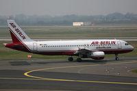 D-ABDL @ EDDL - Airbus 320 Air Berlin - by Triple777