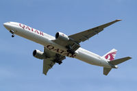 A7-BAM @ EGLL - Boeing 777-3DZER [38245] (Qatar Airways) Home~G 26/05/2013. On approach 27R. - by Ray Barber