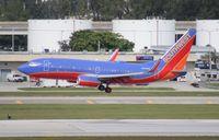 N459WN @ FLL - Southwest 737-700