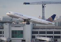 N465UA @ MIA - United A320 - by Florida Metal