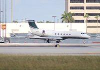 N535V @ MIA - GulfstreamV