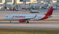 N603AV @ MIA - Avianca A320