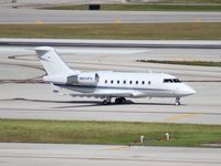 N604PS @ FLL - Challenger 604
