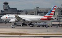 N773AN @ MIA - American 777-200