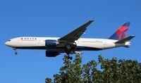 N862DA @ DTW - Delta 777-200