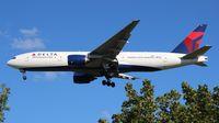 N865DA @ DTW - Delta 777-200