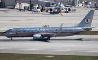 N951AA @ MIA - American retro 737-800