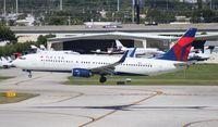 N3749D @ FLL - Delta 737-800