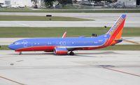 N8313F @ FLL - Southwest 737-800