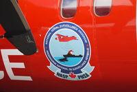 C-GSUR - Close up of emblem on fuselage. - by metricbolt
