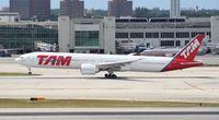 PT-MUE @ MIA - TAM 777-300