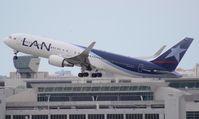 CC-BDD @ MIA - LAN 767-300