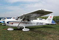 OE-DHG @ EDMT - Cessna 172S Skyhawk [172S-8540] Tannheim~D 21/08/2013