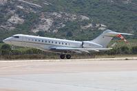 HB-JFY @ LFKC - Take off