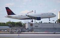N355NW @ MIA - Delta A320