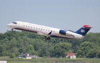 N422AW @ DTW - USAirways CRJ-200