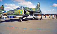 37976 @ EGVA - Saab AJSF-37 Viggen [37976] (Swedish Air Force) RAF Fairford~G 22/07/1995 - by Ray Barber