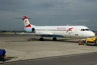 OE-LVE @ LOWW - Austrian Fokker 100 - by Thomas Ranner