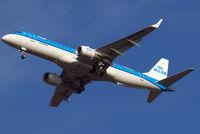 PH-EZE @ EGLL - Embraer Emb-190-100LR [19000288] ( KLM cityhopper) Home~G 21/01/2011. On approach 27R.