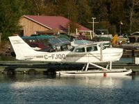 C-FJQQ - Tout Lake, ON Water Base - by Morgan Walker