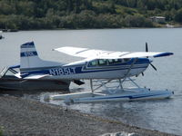 N185LT - N185LT at Lake Aleknagik, Alaska - by Rod Sorenson