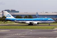 PH-BFW @ EHAM - Boeing 747-406 [30454] (KLM-Royal Dutch Airlines) Amsterdam-Schiphol~PH 10/08/2006