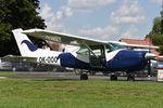 OK-OOO @ LKKT - Cessna 182