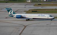 N928AT @ FLL - Air Tran 717