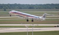N7520A @ DTW - American MD82
