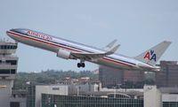 N39364 @ MIA - American 767-300