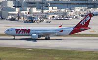 PT-MVD @ MIA - TAM A330-200