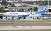 C-FTCZ @ FLL - Canjet 737-800