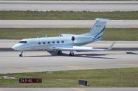 N458X @ MIA - Gulfstream 450