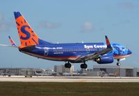 N715SY @ MIA - Sun Country 737-700