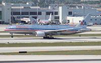 N785AN @ MIA - American 777-200