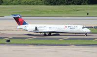N910AT @ TPA - Delta 717-200