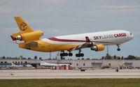 N951AR @ MIA - Skylease MD-11F