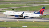 N3754A @ KTPA - Delta 737-800